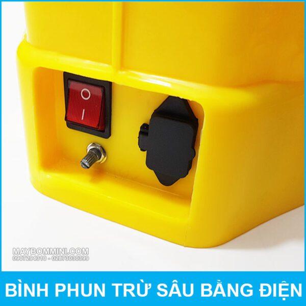 Cong Sac Va Nut Tat Mo Binh Bom Dien Deo Vai QM.jpg