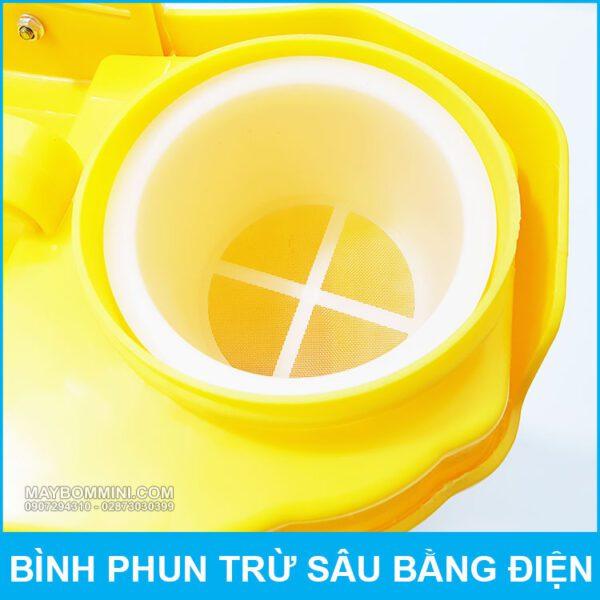 Loc Nuoc Binh Phun Thuoc Trua Sau QM315 18L.jpg